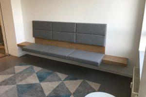 Die-Kieferorthopaedie-neue-Praxis-Wartezimmer