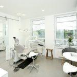 Die-Kieferorthopaedie-neue-Praxis Behandlungsraum