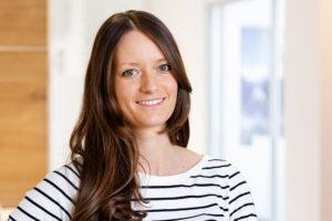 Dr. Elena Scheer